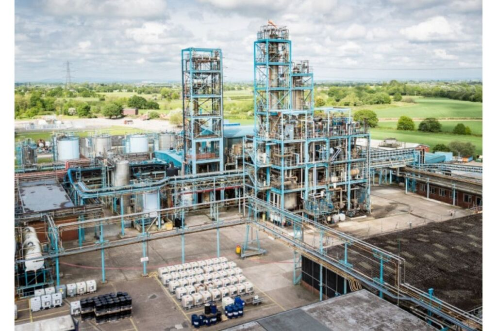 LANXESS acquires Emerald Kalama Chemical for USD 1.04 Billion